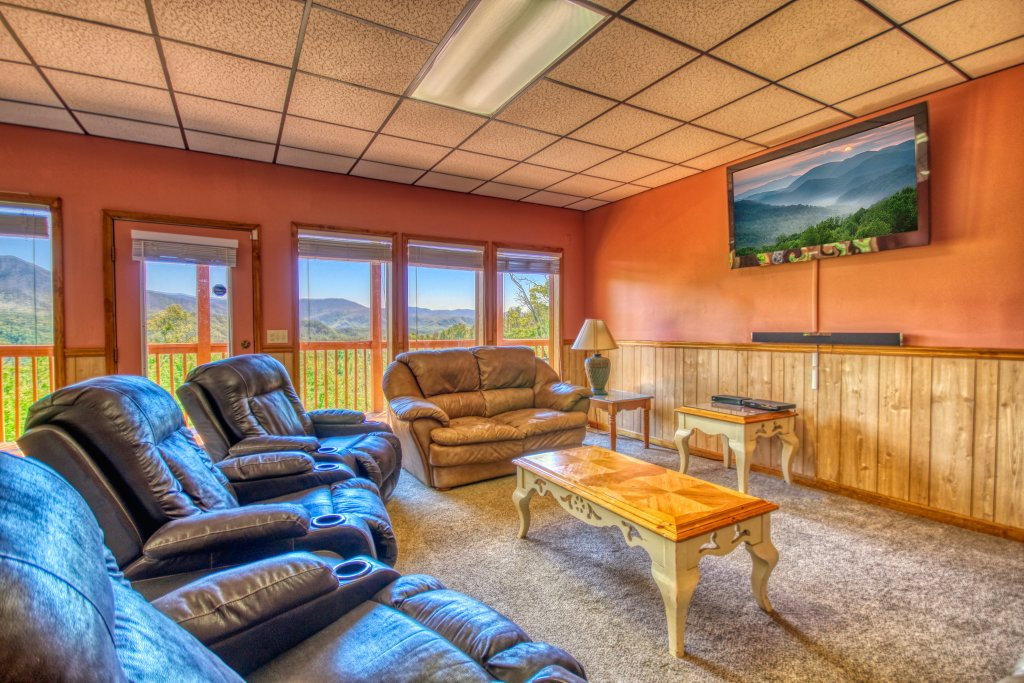 Photo of a Gatlinburg Cabin named Awesome Views #701 - This is the nineteenth photo in the set.