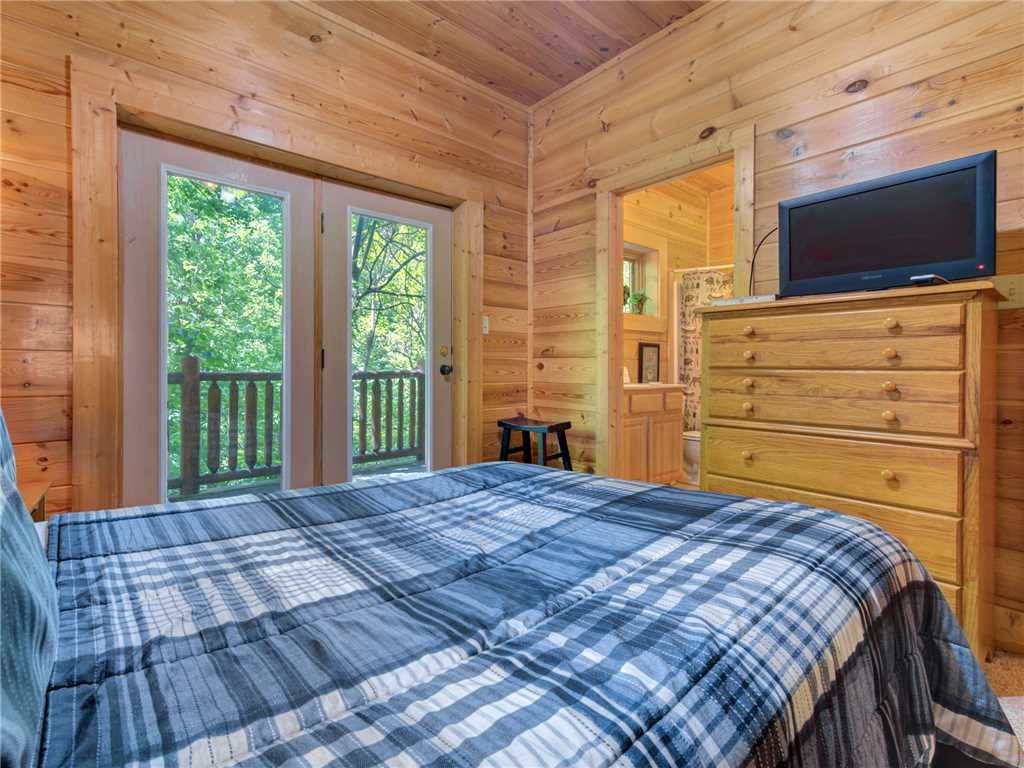 Photo of a Pigeon Forge Cabin named Topsy - This is the seventeenth photo in the set.