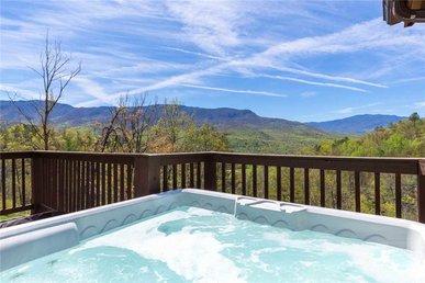 Bearly Heaven, 2 Bedrooms, Fireplace, Hot Tub, Wifi, Pool Table, Sleeps 8
