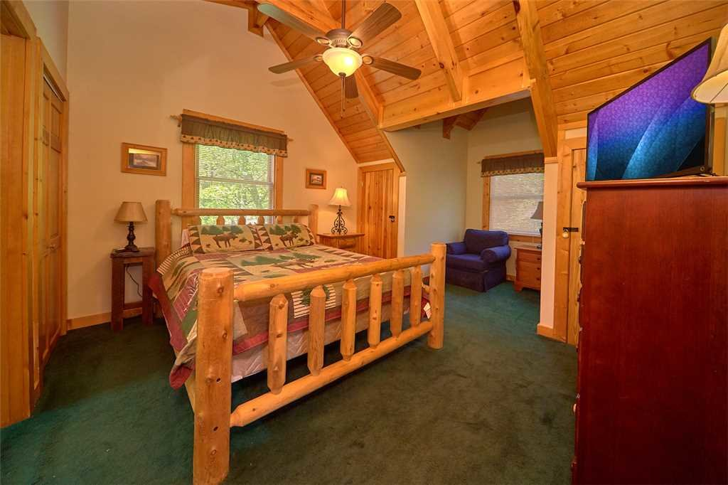 Photo of a Gatlinburg Cabin named Angels View - This is the fourteenth photo in the set.