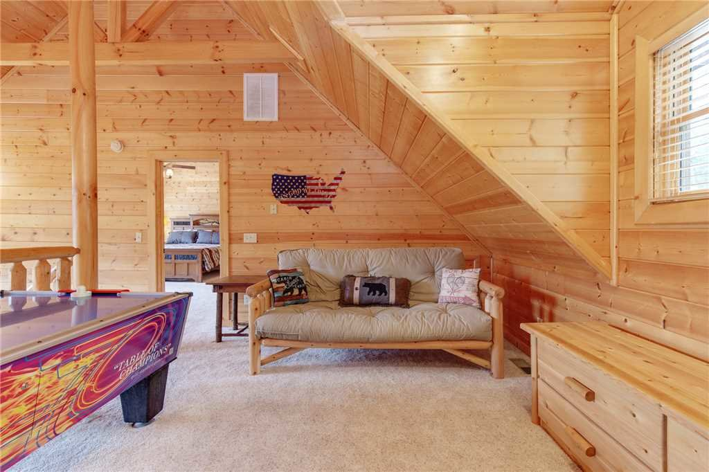 Photo of a Gatlinburg Cabin named Changes In Latitude - This is the fifteenth photo in the set.