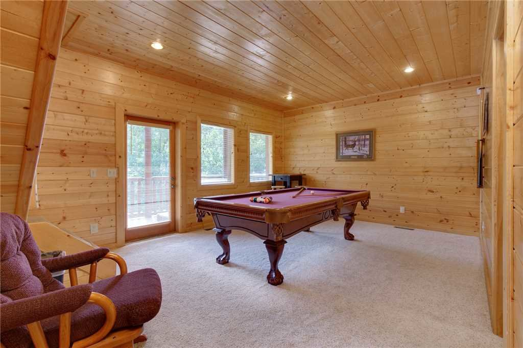 Photo of a Gatlinburg Cabin named Changes In Latitude - This is the seventeenth photo in the set.