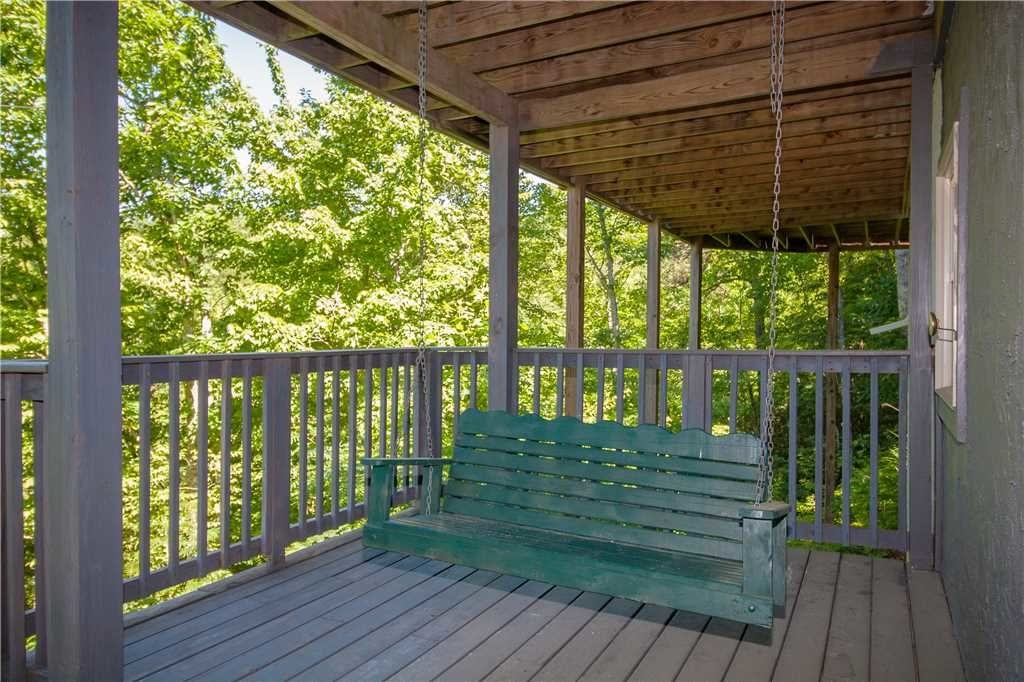 Photo of a Gatlinburg Cabin named Bear View - This is the seventh photo in the set.