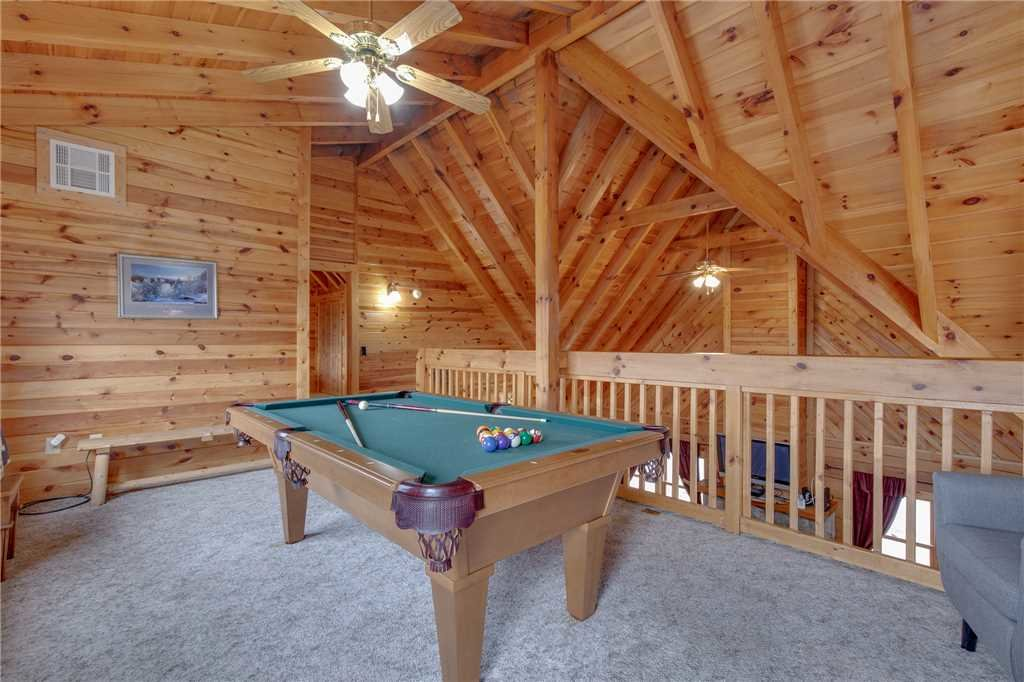 Photo of a Gatlinburg Cabin named Bear View - This is the twelfth photo in the set.