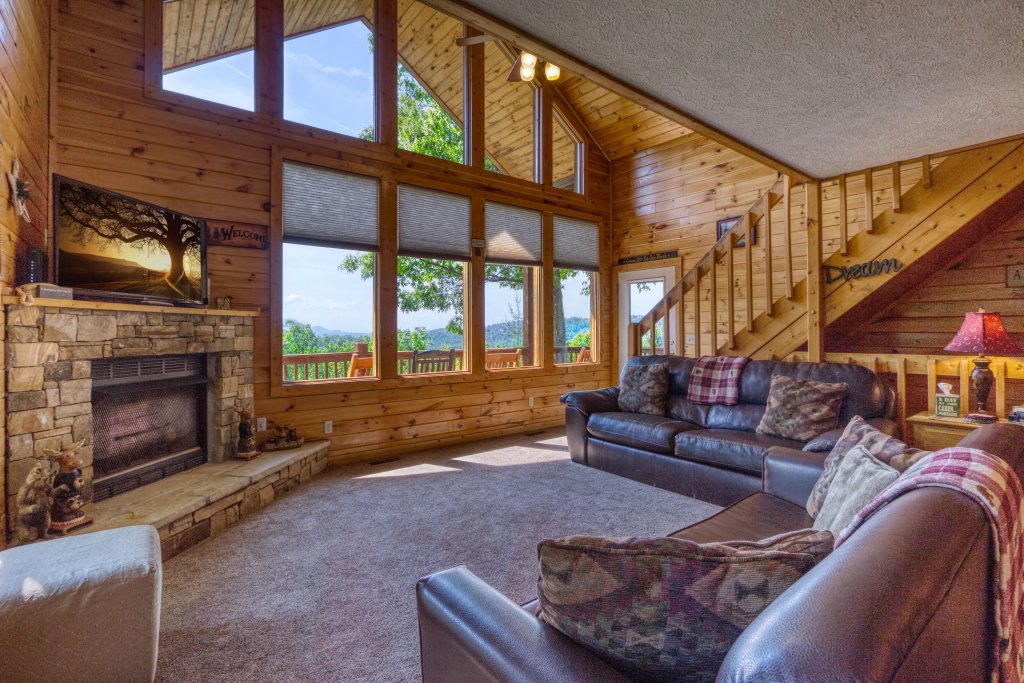 Photo of a Pigeon Forge Cabin named A Smoky Mountain Dream #291 - This is the eighth photo in the set.