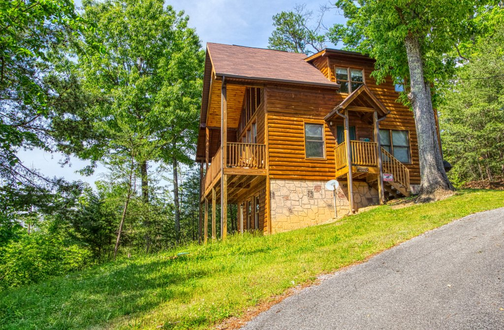 Photo of a Pigeon Forge Cabin named A Smoky Mountain Dream #291 - This is the sixth photo in the set.
