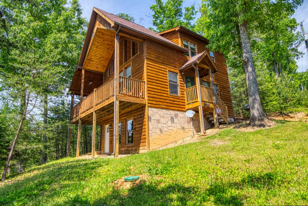 Photo of a Pigeon Forge Cabin named A Smoky Mountain Dream #291 - This is the fifth photo in the set.