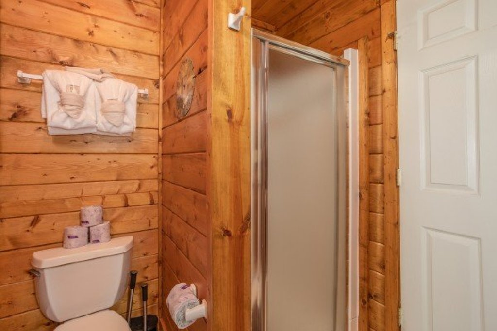 Photo of a Gatlinburg Cabin named Shiloh - This is the twentieth photo in the set.