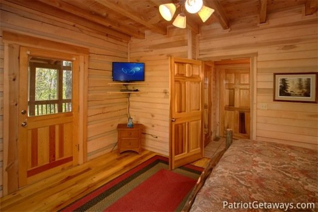 Photo of a Gatlinburg Cabin named On Angels Wings - This is the thirteenth photo in the set.