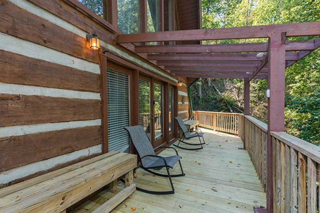 Photo of a Gatlinburg Cabin named Soaring Heights - This is the fourteenth photo in the set.