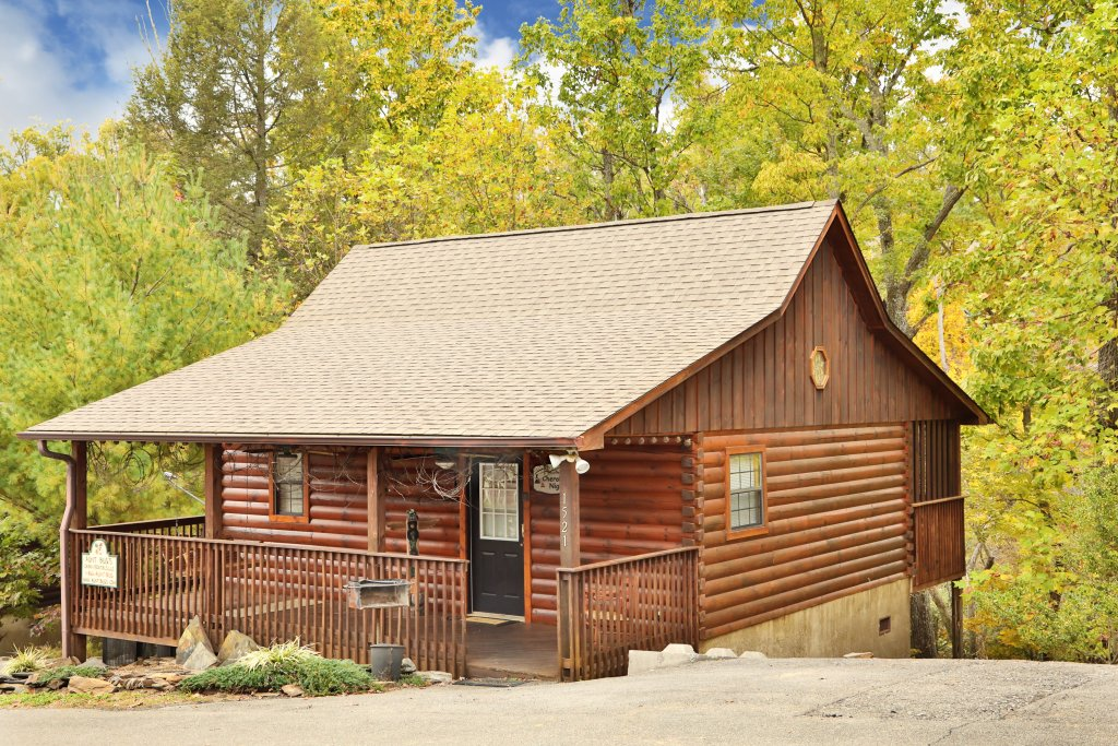 Photo of a Pigeon Forge Cabin named Cherokee Nights #132 - This is the first photo in the set.