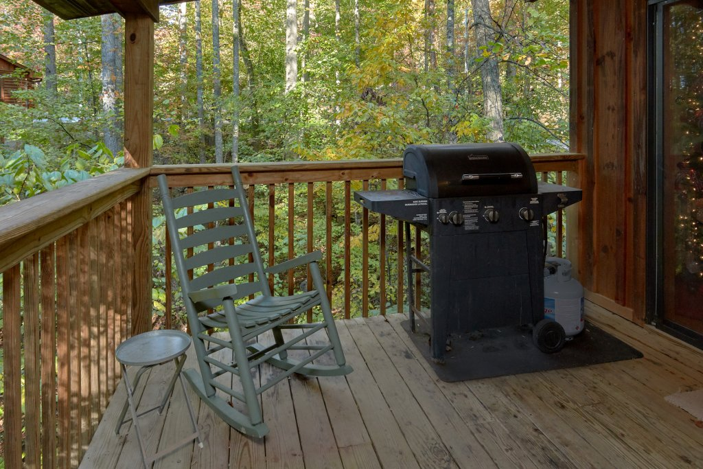 Photo of a Sevierville Cabin named Rooster Ridge Cabin #231 - This is the fourteenth photo in the set.