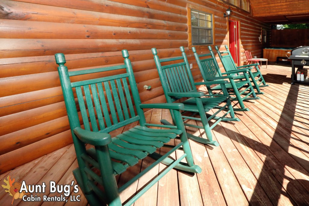 Photo of a Pigeon Forge Cabin named Sun-sational View #245 - This is the forty-seventh photo in the set.
