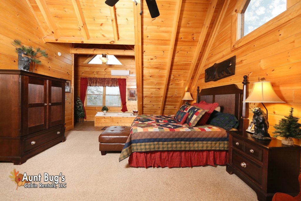 Photo of a Sevierville Cabin named Absolutely Wonderful #304 - This is the fifteenth photo in the set.