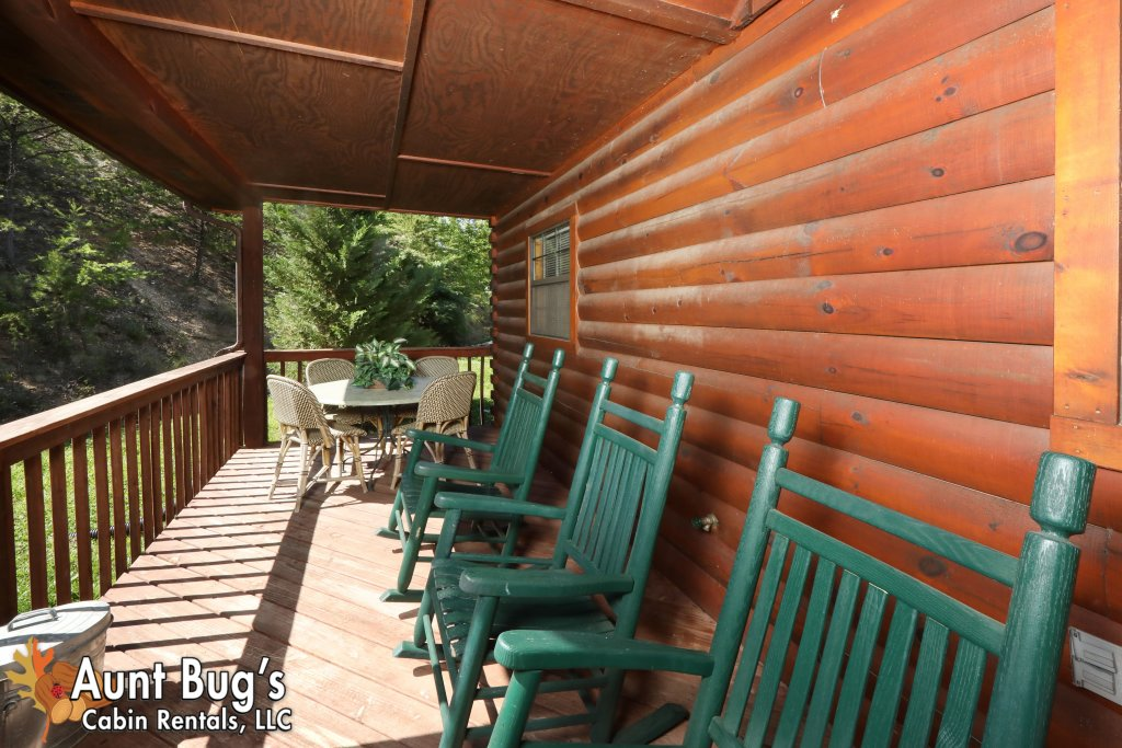 Photo of a Pigeon Forge Cabin named Sun-sational View #245 - This is the fiftieth photo in the set.