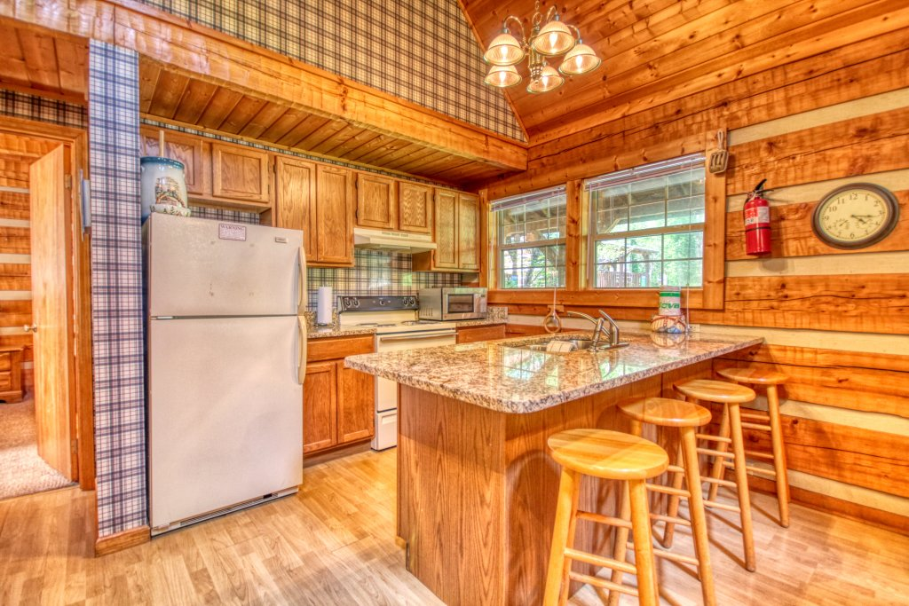 Photo of a Gatlinburg Cabin named Angler's Perch #2523 - This is the tenth photo in the set.