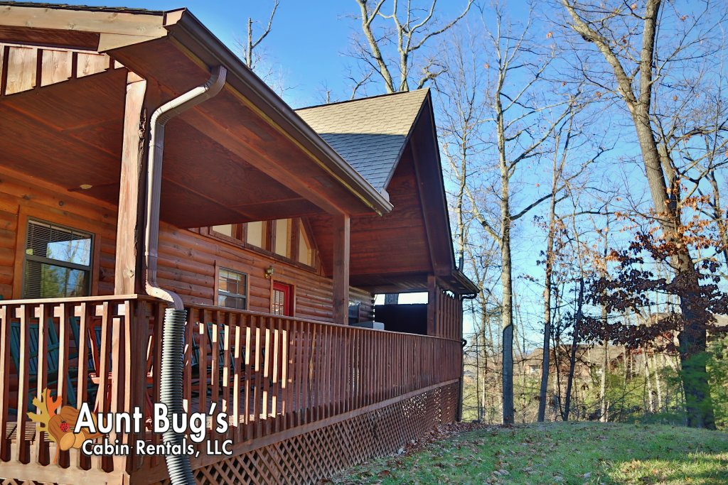 Photo of a Pigeon Forge Cabin named Sun-sational View #245 - This is the twenty-sixth photo in the set.