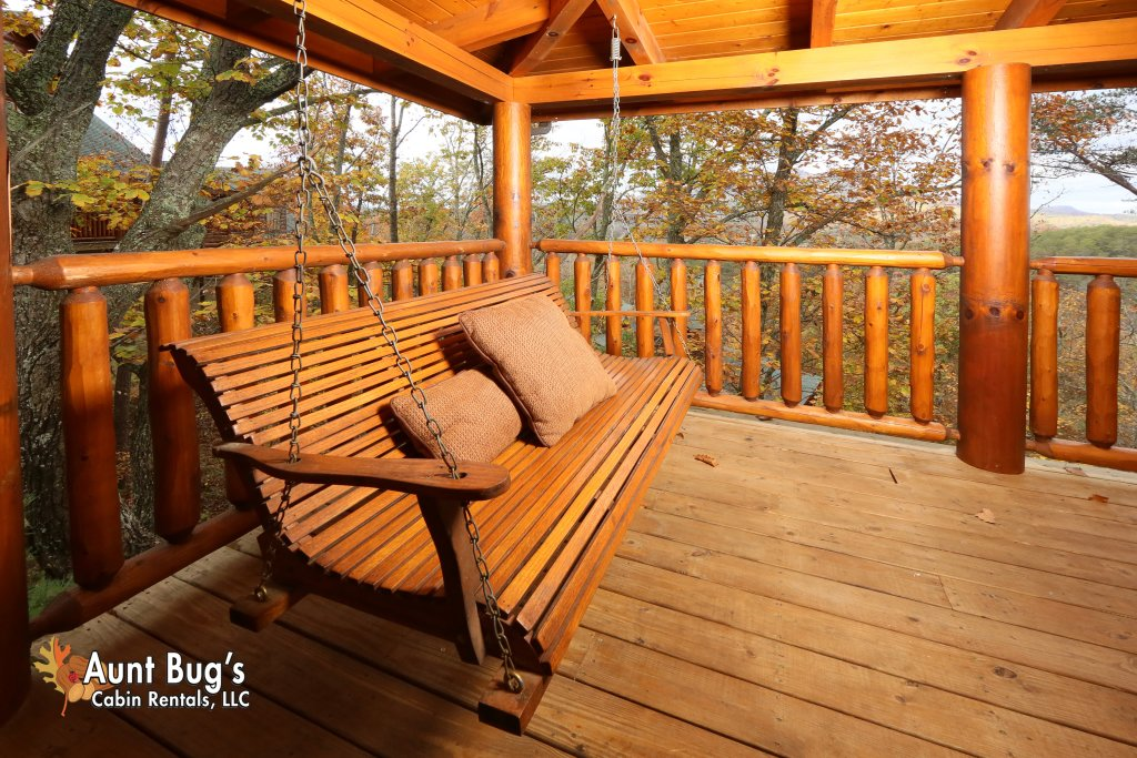 Photo of a Sevierville Cabin named Absolutely Wonderful #304 - This is the twenty-fourth photo in the set.