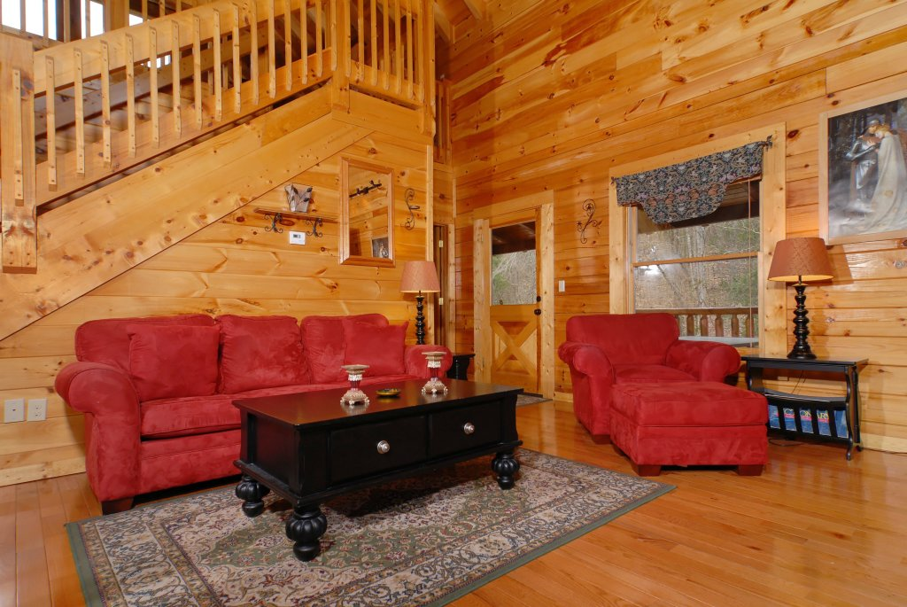 Photo of a Pigeon Forge Cabin named Camelot #266 - This is the thirty-second photo in the set.