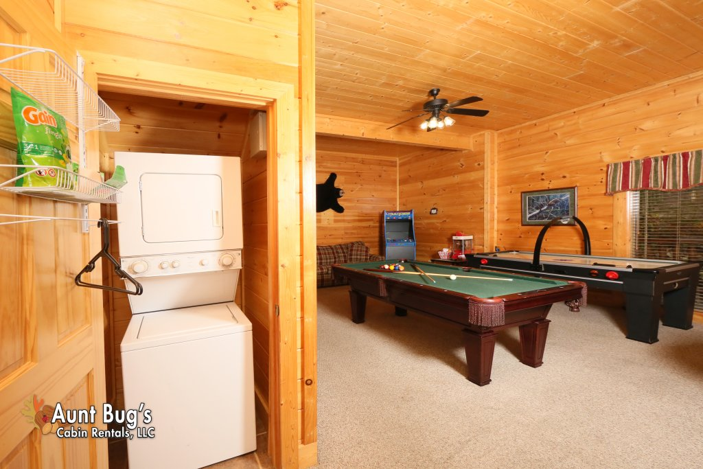 Photo of a Sevierville Cabin named Absolutely Wonderful #304 - This is the thirty-first photo in the set.