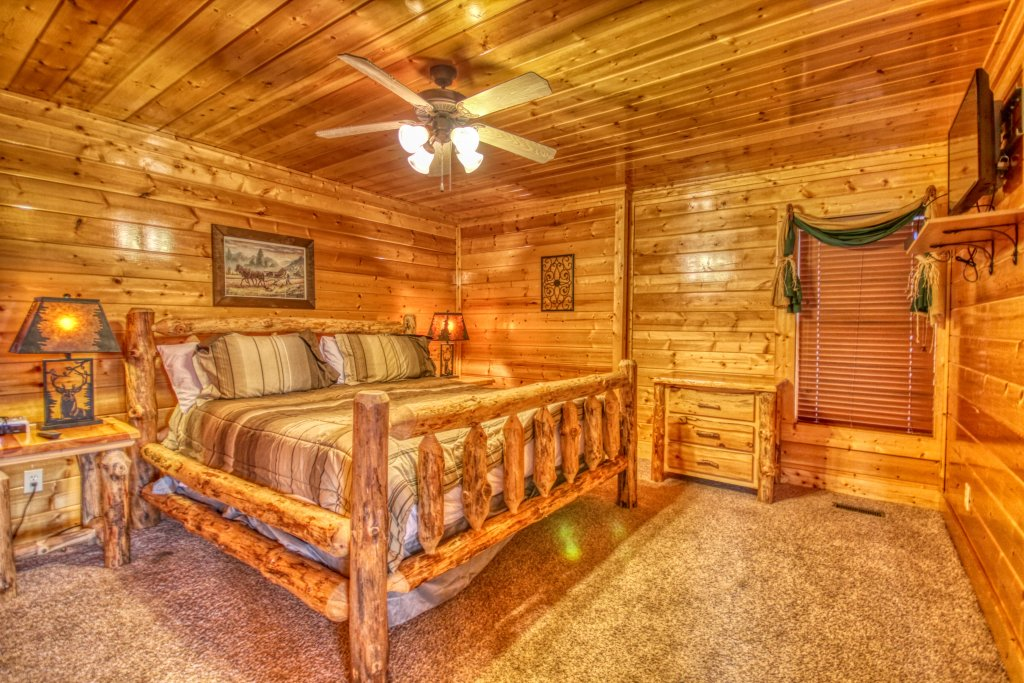 Photo of a Pigeon Forge Cabin named Tennessee Treasure #232 - This is the eighteenth photo in the set.