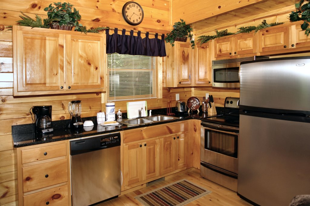 Photo of a Gatlinburg Cabin named Falcon Crest #2911 - This is the eleventh photo in the set.