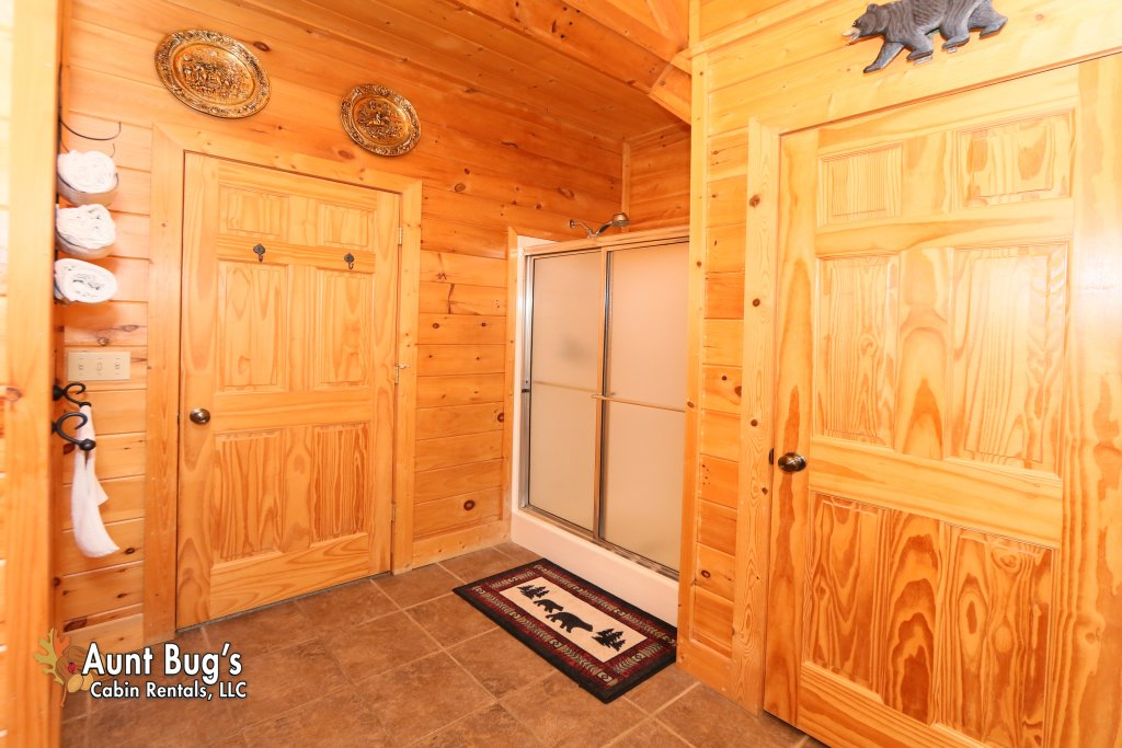Photo of a Sevierville Cabin named Absolutely Wonderful #304 - This is the thirty-third photo in the set.