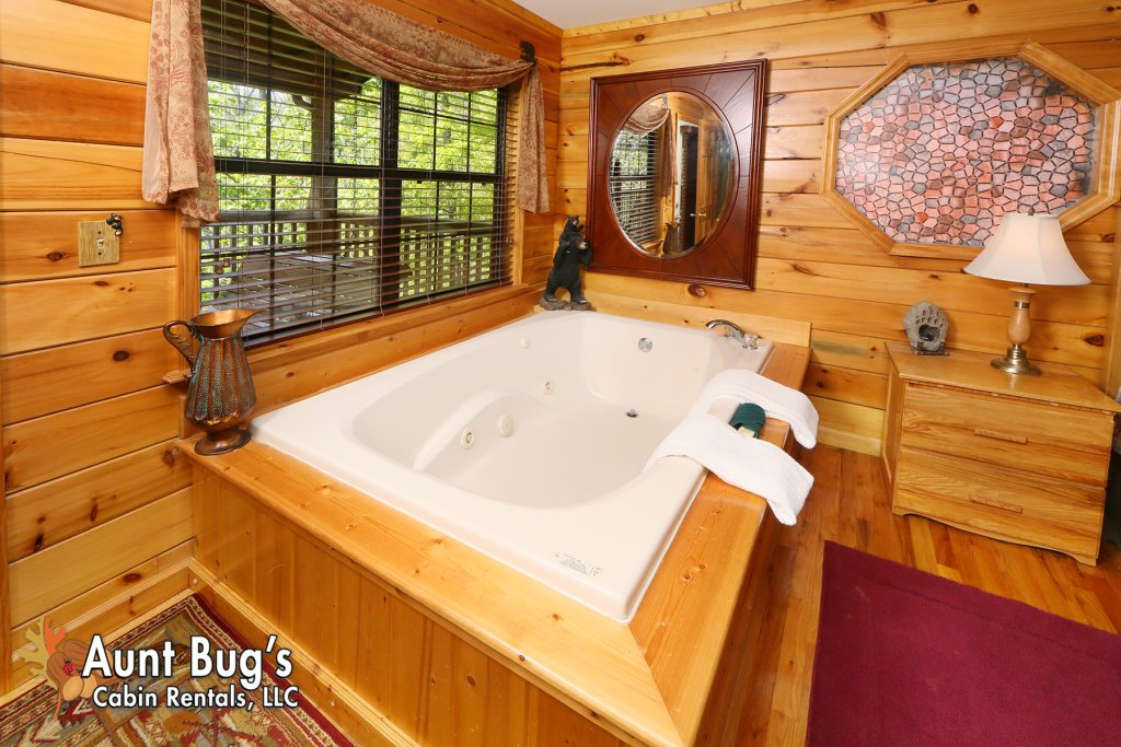 Photo of a Pigeon Forge Cabin named Smoky Mountain Getaway #435 - This is the nineteenth photo in the set.