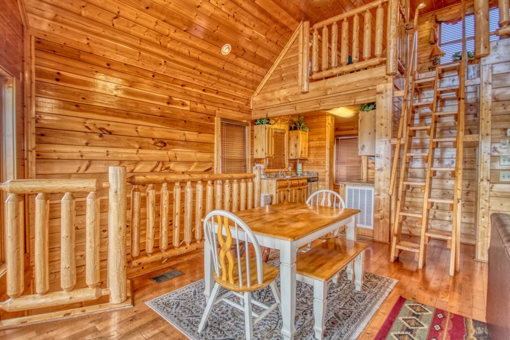 Photo of a Pigeon Forge Cabin named Tennessee Treasure #232 - This is the tenth photo in the set.