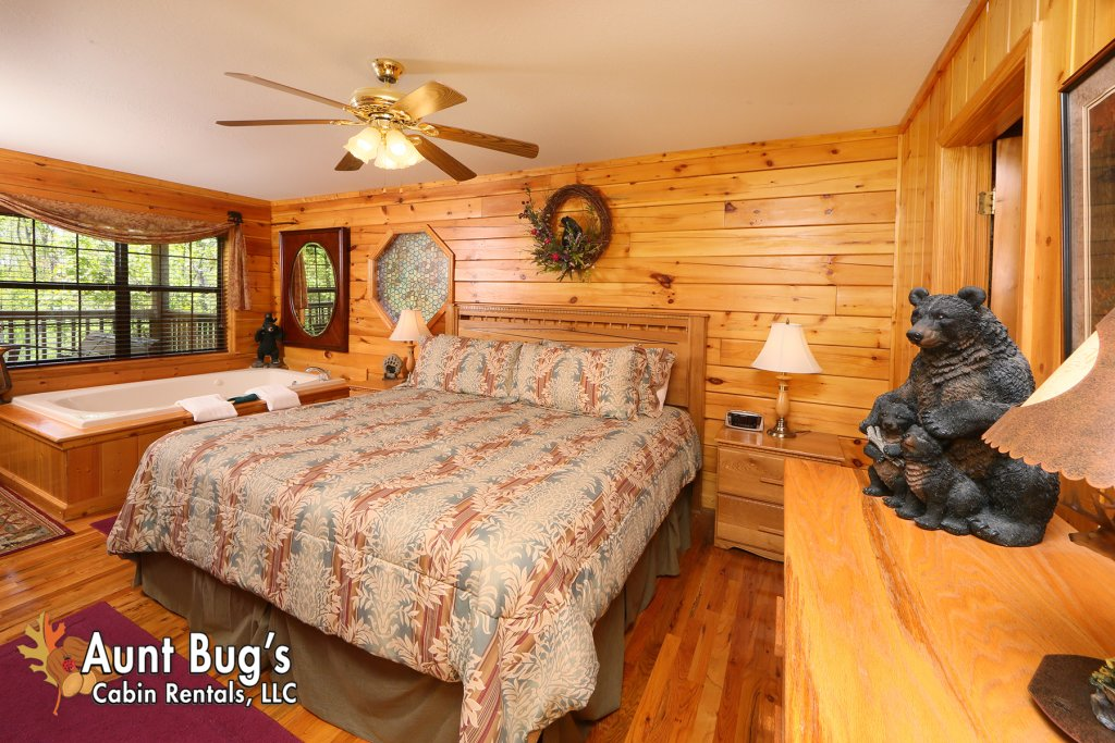 Photo of a Pigeon Forge Cabin named Smoky Mountain Getaway #435 - This is the fourteenth photo in the set.
