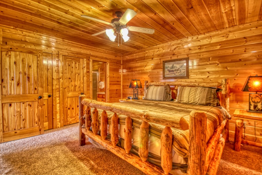 Photo of a Pigeon Forge Cabin named Tennessee Treasure #232 - This is the nineteenth photo in the set.