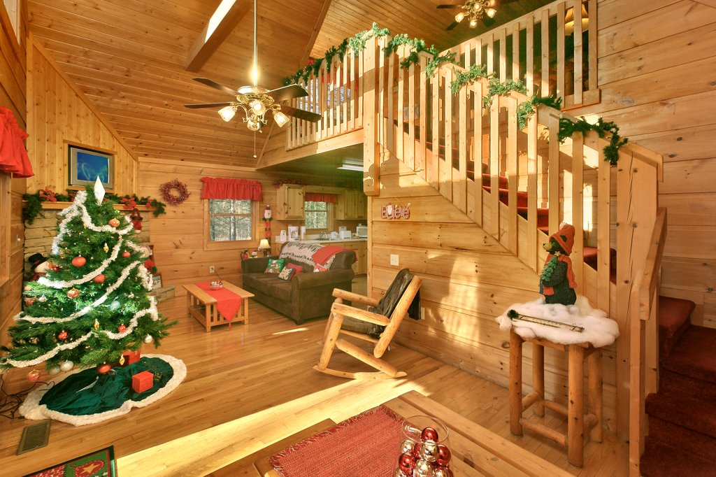 Photo of a Gatlinburg Cabin named Always Misbehavin #1412 - This is the seventeenth photo in the set.