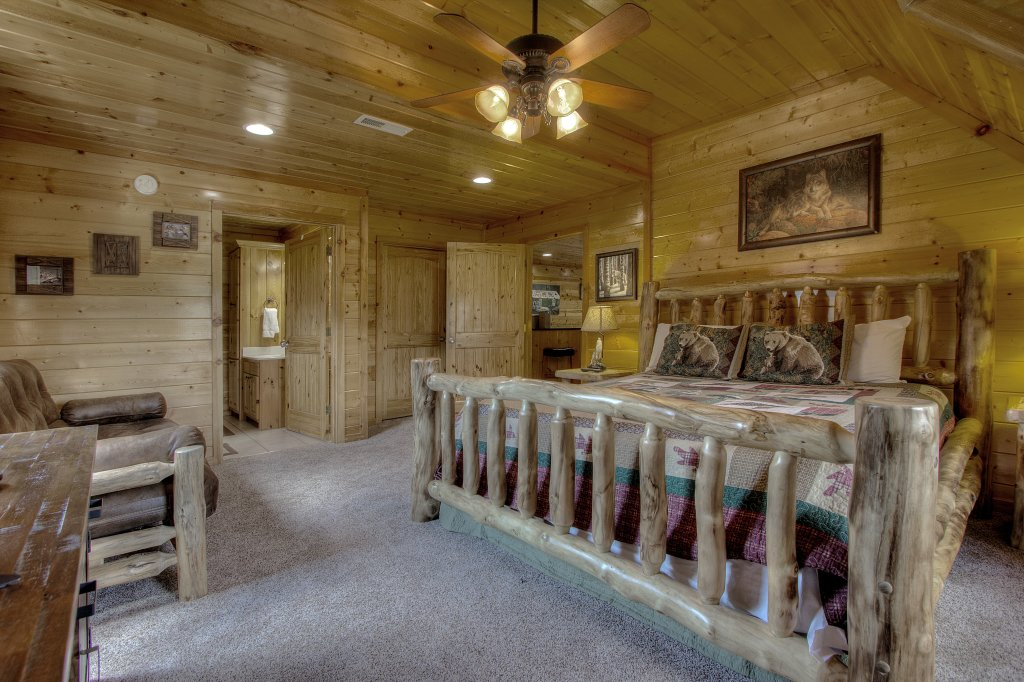 Photo of a Sevierville Cabin named Always Dreaming #410 - This is the nineteenth photo in the set.