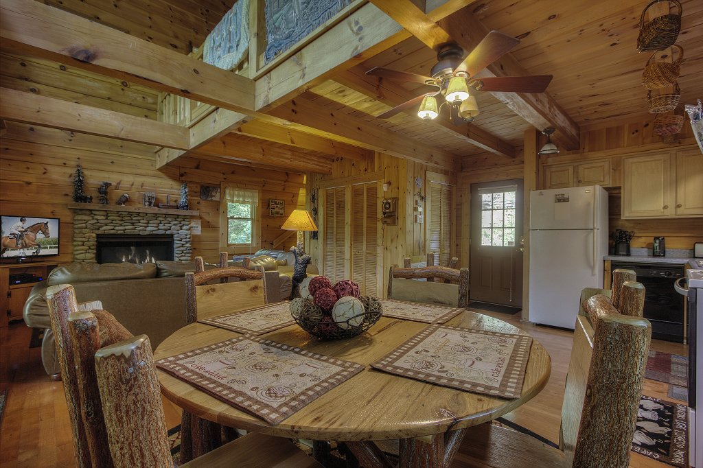 Photo of a Sevierville Cabin named Smoky Mountain Memories #107 - This is the sixth photo in the set.