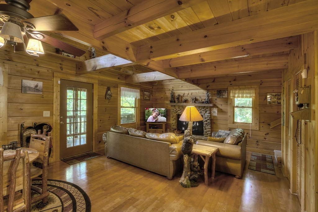 Photo of a Sevierville Cabin named Smoky Mountain Memories #107 - This is the twelfth photo in the set.