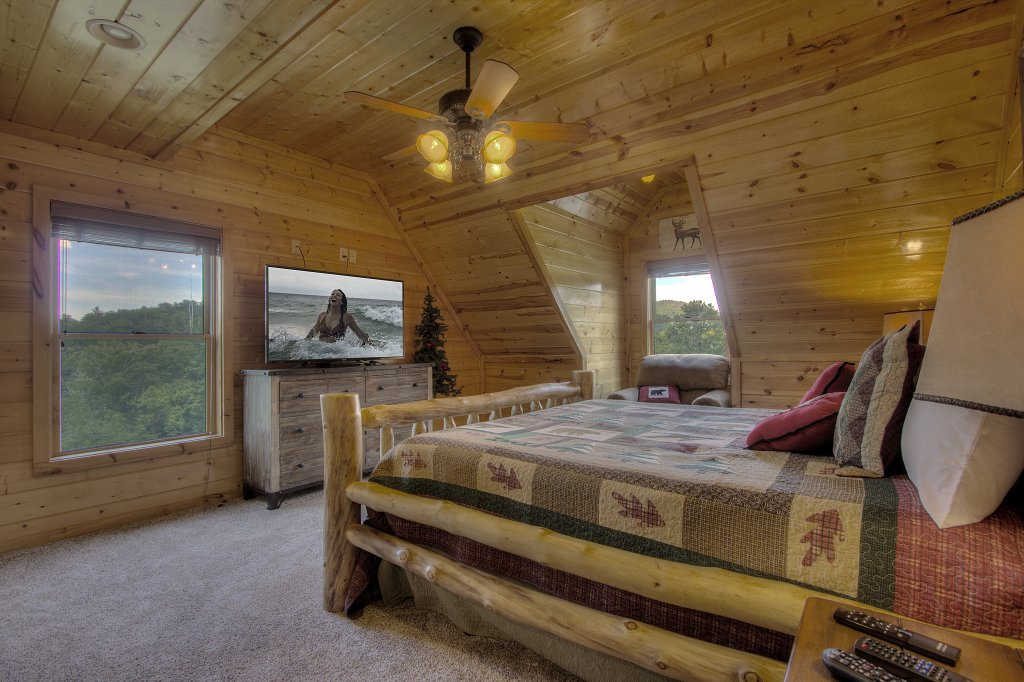 Photo of a Sevierville Cabin named Always Dreaming #410 - This is the twenty-eighth photo in the set.