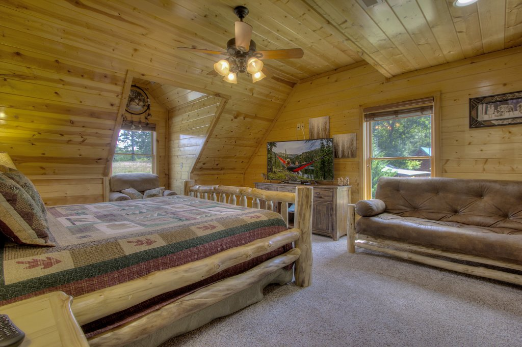 Photo of a Sevierville Cabin named Always Dreaming #410 - This is the twenty-fifth photo in the set.