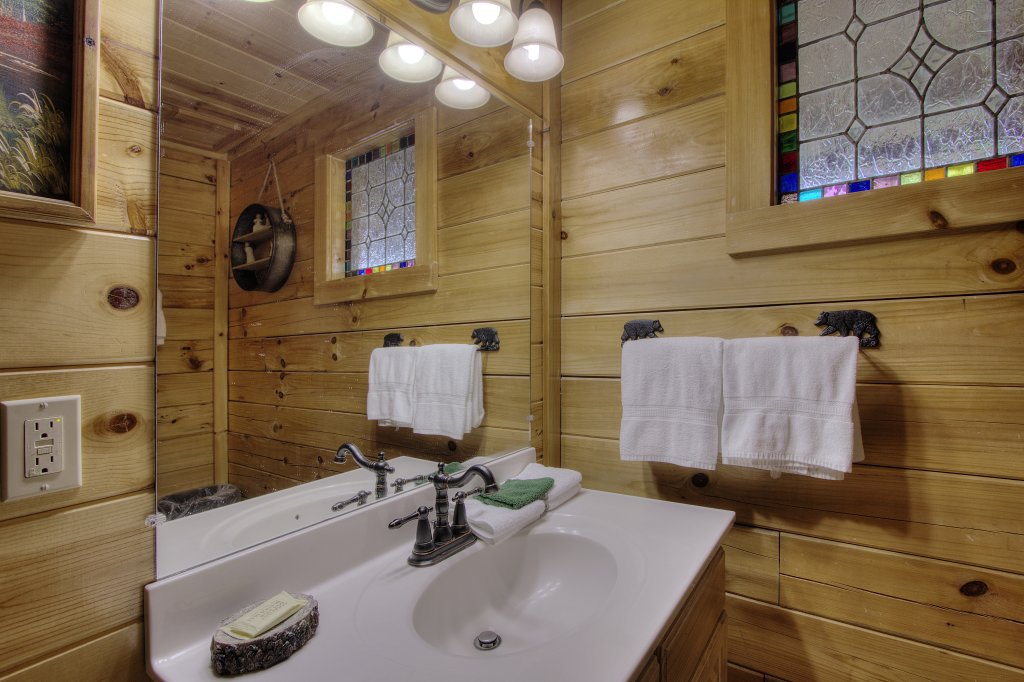 Photo of a Sevierville Cabin named Always Dreaming #410 - This is the forty-first photo in the set.