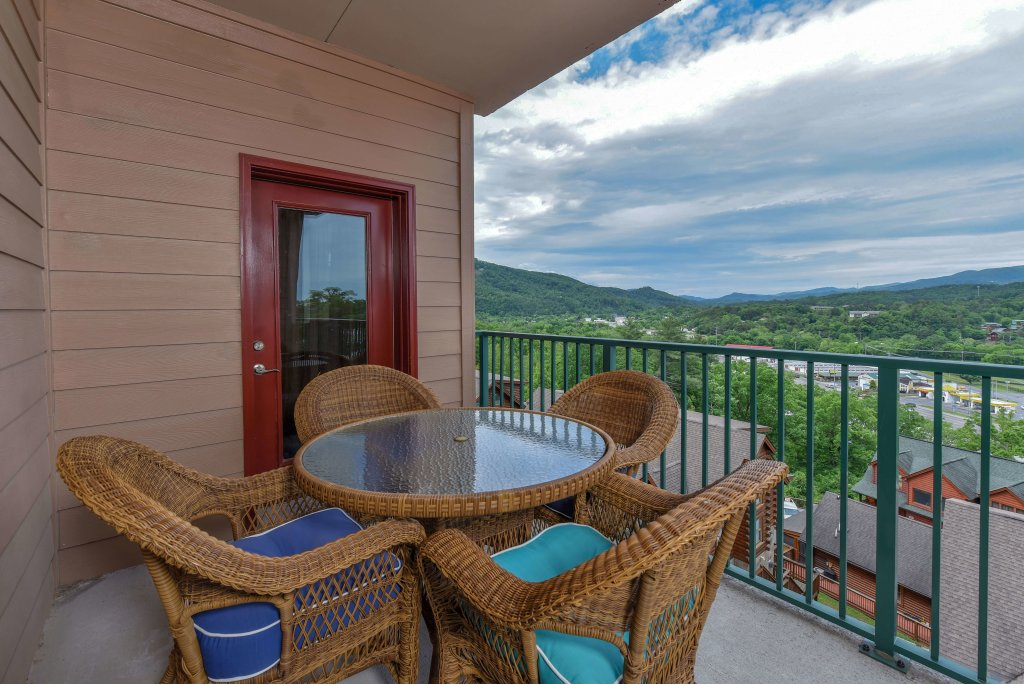 Photo of a Pigeon Forge Condo named 4002 Big Bear Resort - This is the nineteenth photo in the set.