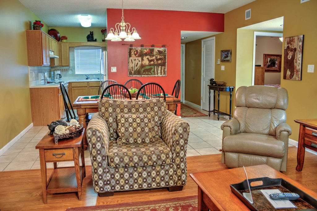 Photo of a Pigeon Forge Condo named Bear Crossing 302 - This is the second photo in the set.