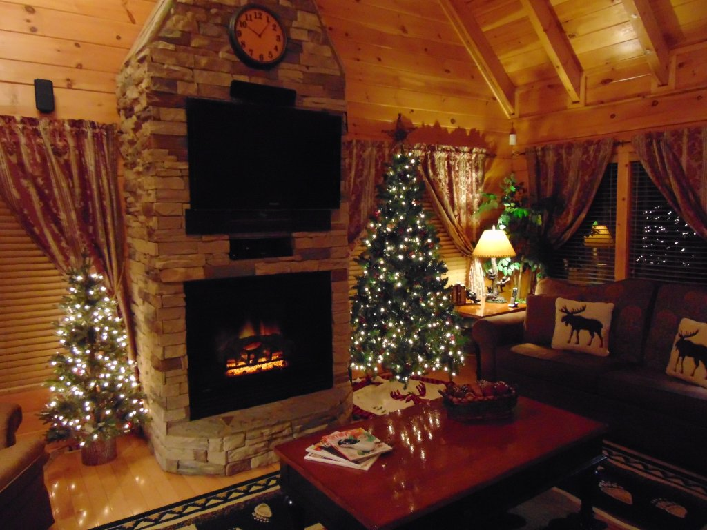 Christmas Cabin Rental.Absolutely Wonderful 304 Cabin In Sevierville W 3 Br