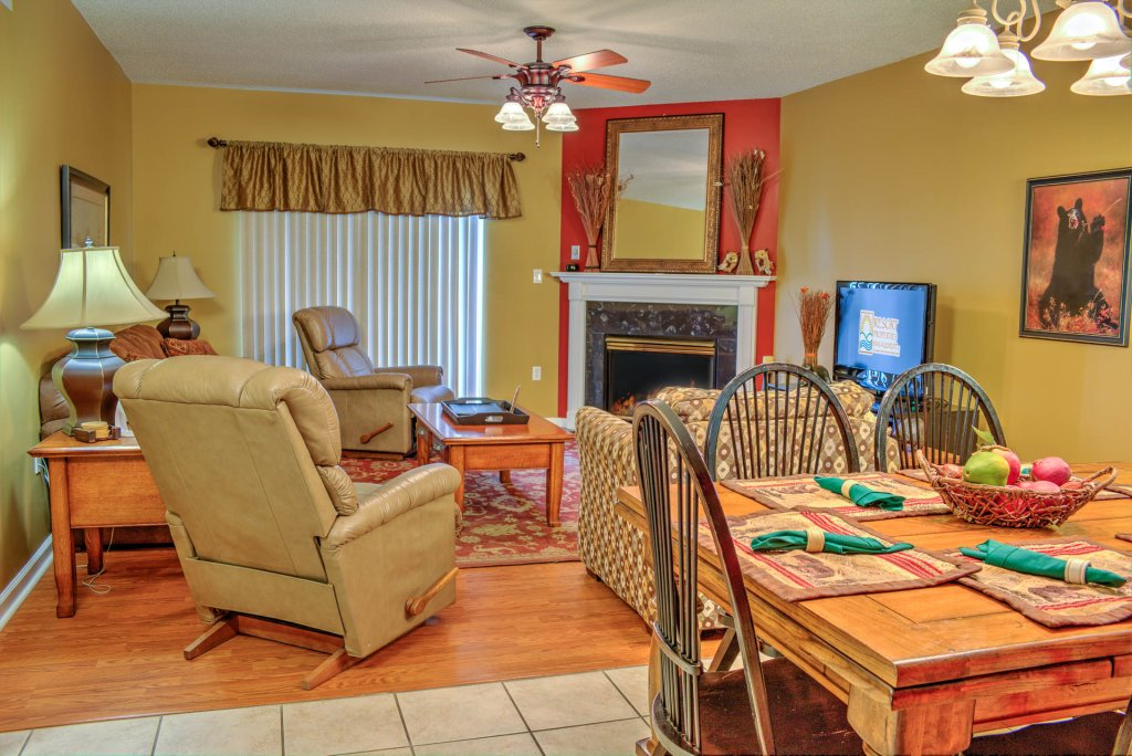 Photo of a Pigeon Forge Condo named Bear Crossing 302 - This is the first photo in the set.