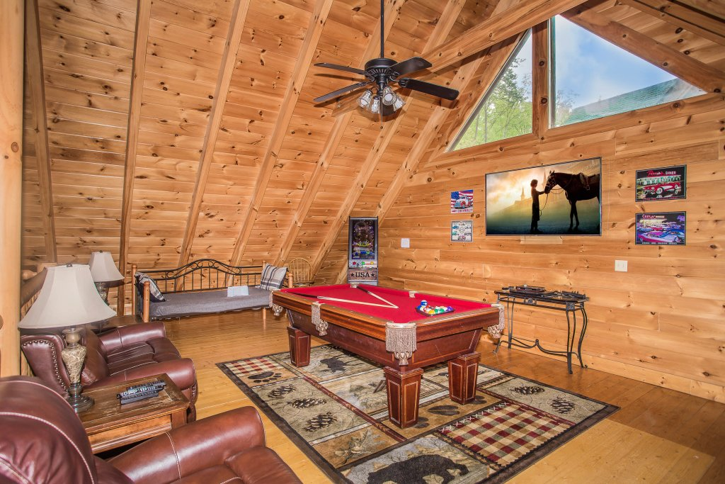 Photo of a Sevierville Cabin named Southern Comfort Escape - This is the first photo in the set.