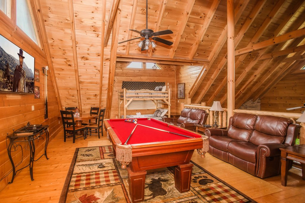 Photo of a Sevierville Cabin named Southern Comfort Escape - This is the fifth photo in the set.