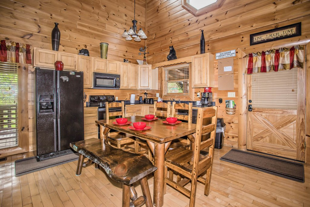 Photo of a Sevierville Cabin named Southern Comfort Escape - This is the eleventh photo in the set.