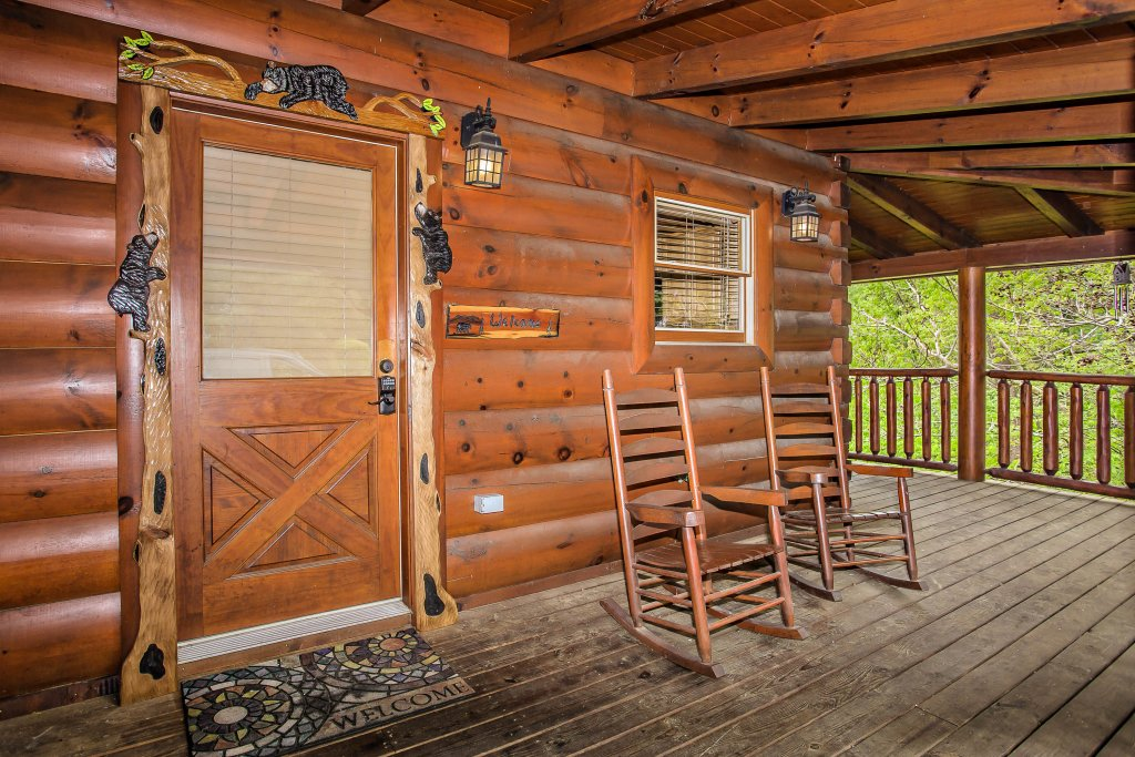 Photo of a Sevierville Cabin named Southern Comfort Escape - This is the tenth photo in the set.