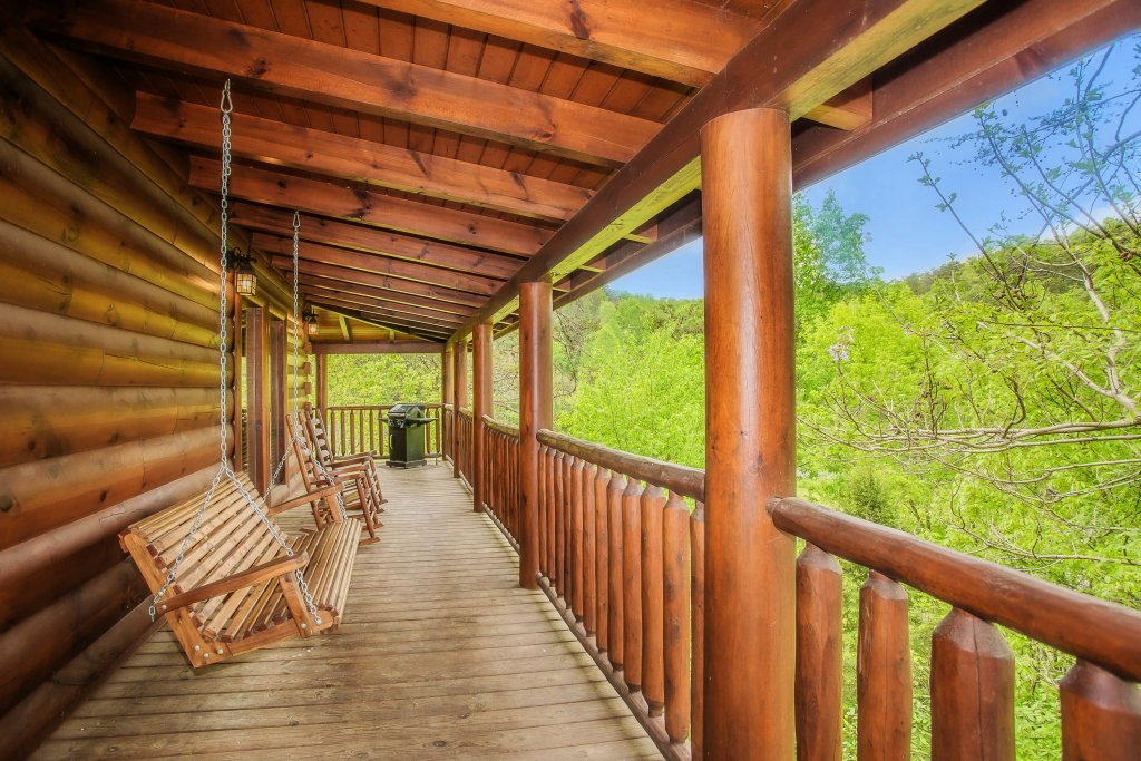 Photo of a Sevierville Cabin named Southern Comfort Escape - This is the fourth photo in the set.