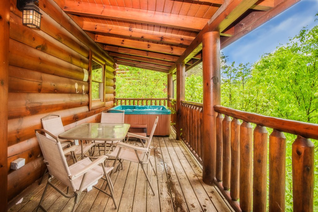 Photo of a Sevierville Cabin named Southern Comfort Escape - This is the twentieth photo in the set.