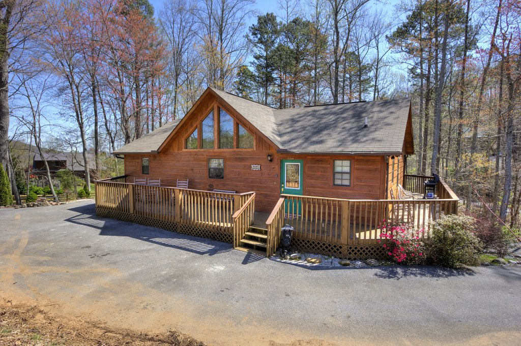 Photo of a Sevierville Cabin named Always Delightful #411 - This is the forty-third photo in the set.