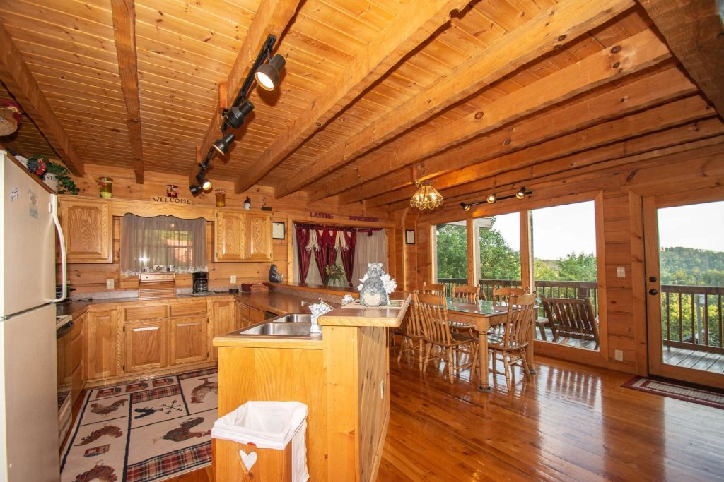 Photo of a Sevierville Cabin named Lasting Impressions Lodge - This is the thirteenth photo in the set.